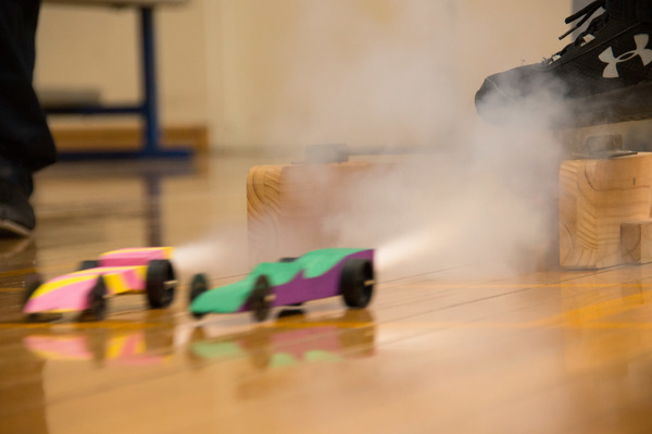 News~CO2 Dragsters 007.jpg